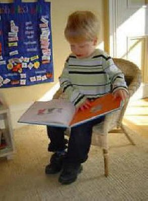 Pre-school Reading at Staunton Montessori